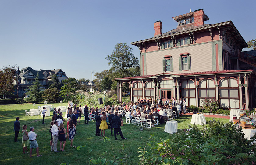 Outdoor Wedding Southern Mansion Cape May Nj Vintage Goodness Robyn Jon